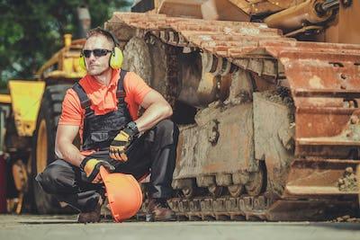 Heavy Duty Equipment Mechanic