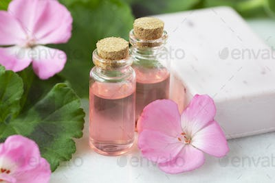 Plant Extract and Geranium Flowers
