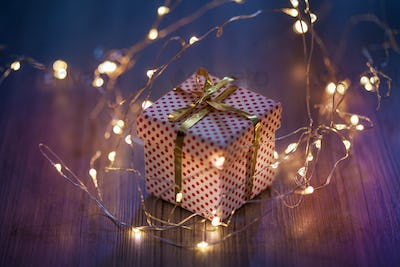 present detailed gift