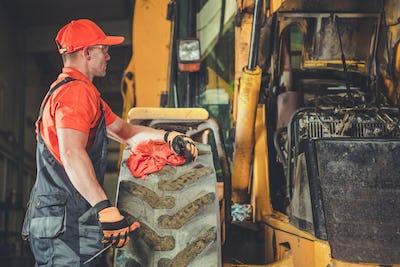 Tractor Dozer Engine Repair