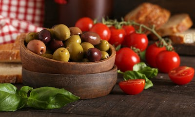 Kalamata Red and Green Olives