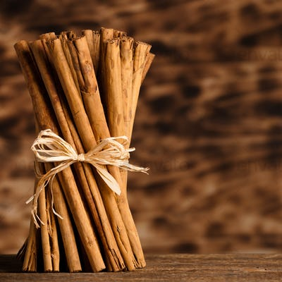 Bunch of Ceylon cinnamon
