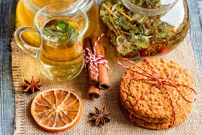 Herbal Christmas tea with honey and mint leaves