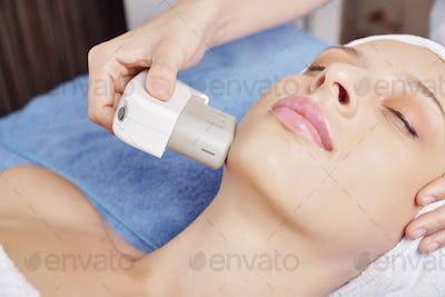 Ultrasound facial treatment