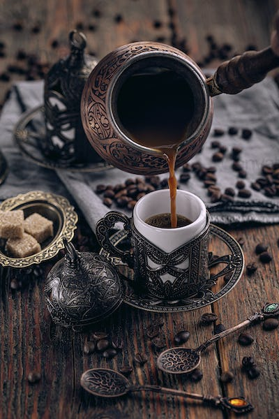 Pouring turkish coffee