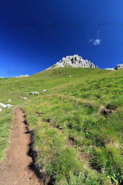 footpath in Dolomites