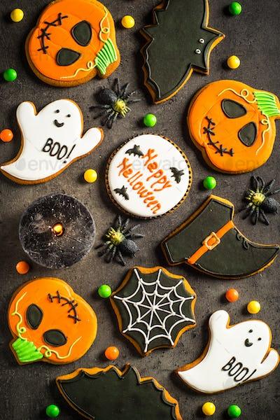 Halloween Gingerbread Cookies at black