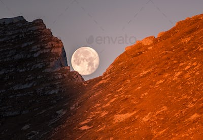 Full moon in the hills