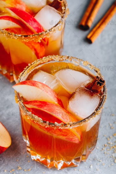 Apple cider moscow mule for Halloween or Thanksgiving in glass