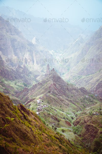 Dreamlike atmosphere he fertile Xo-xo valley. Scenic landscape of bluff green mountain slopes and
