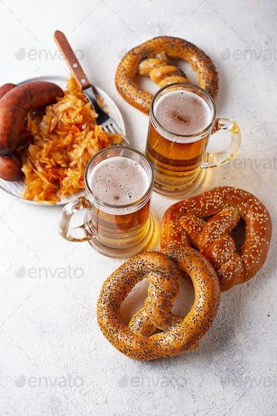 Beer, pretzels, sausages and stewed sauerkraut
