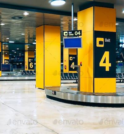 Baggage carousel at a airport terminal