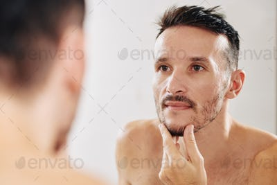 Man growing out beard