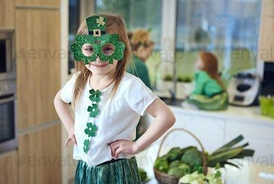 Portrait of irish leprechaun at kitchen
