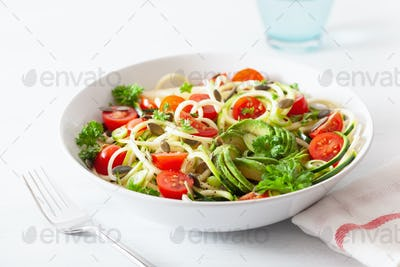 vegan ketogenic spiralized courgette  salad with avocado tomato