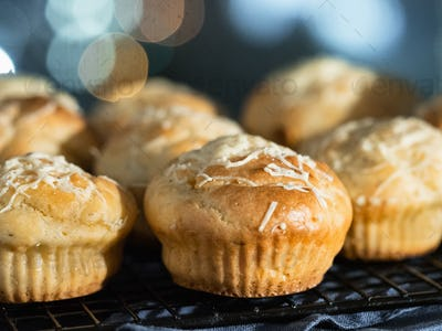 salted muffins with cream cheese, topping parmesan