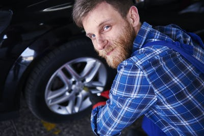 Car mechanic which you can trust