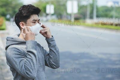Mask against viruses