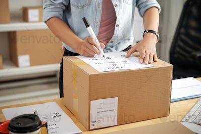 Writing address on box