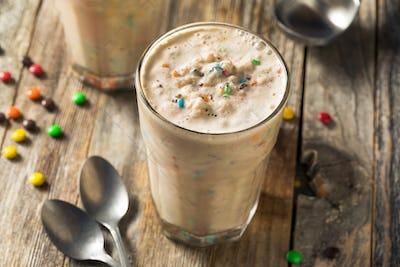 Homemade Chocolate Candy Milk Shake Mixer