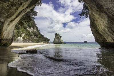 cathedral cove New Zealand