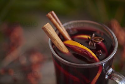 Mulled wine with spices and organes