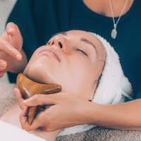 Chin and Jawline Face Lifting Massage