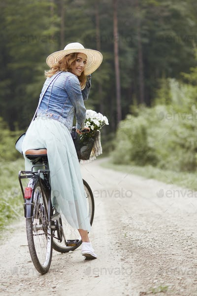 Portrait of woman during the cycling