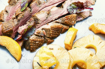 Roasted duck with pineapple