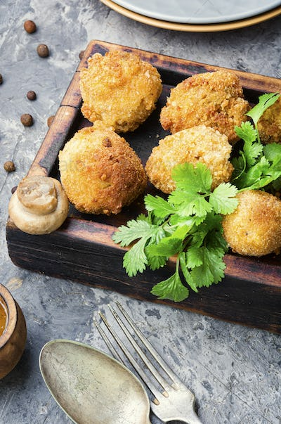 Mushrooms deep fried