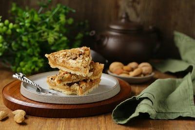 Nutty Tart Cake with Almonds