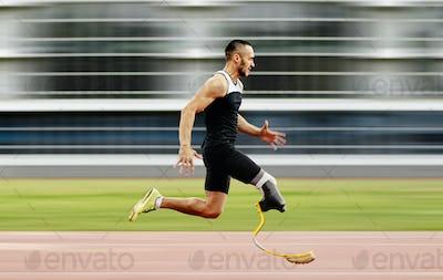 disabled athlete amputee leg run