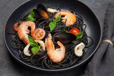 Black seafood spaghetti pasta