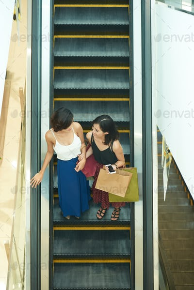 Friends in shopping mall