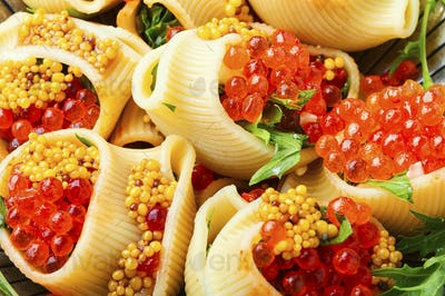Red caviar stuffed pasta