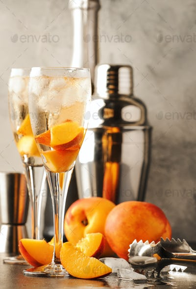 Bellini, alcoholic cocktail with sparkling wine