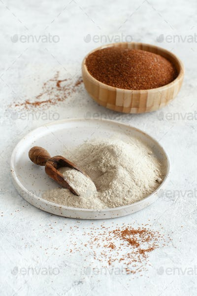 Teff flour on a plate and teff grain in a bowl