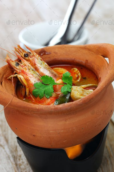 tom yum kung, thai hot and sour soup cuisine