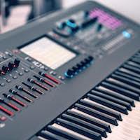 Professional midi keyboard synthesizer