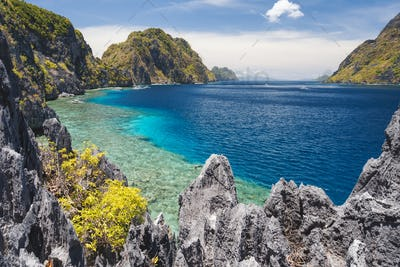 El Nido, Palawan, Philippines. Tapiutan strait view from Matinloc island viewpoint. Bacuit