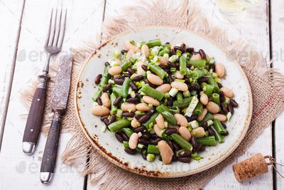 Salad three-bean with garlic.