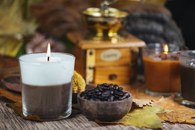 Scented Coffee and Vanilla Dual Color Aromatic Candle