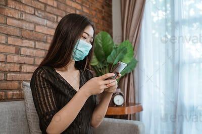 woman during epidemic lockdown use phone
