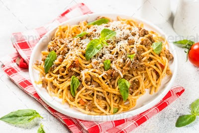 Pasta Bolognese in white plate