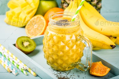 smoothie juice with chia seeds