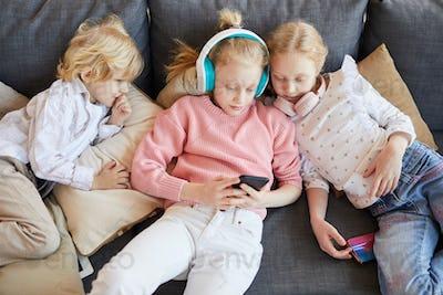 Children playing in online games