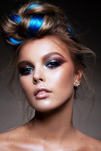 Fashion beauty portrait of a beautiful girl