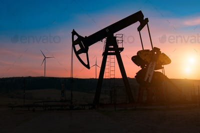 pump jack silhouette