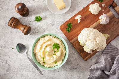 mashed cauliflower with butter. ketogenic paleo diet side dish