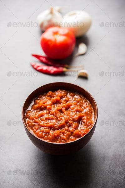 Onion tomato puree for indian gravy